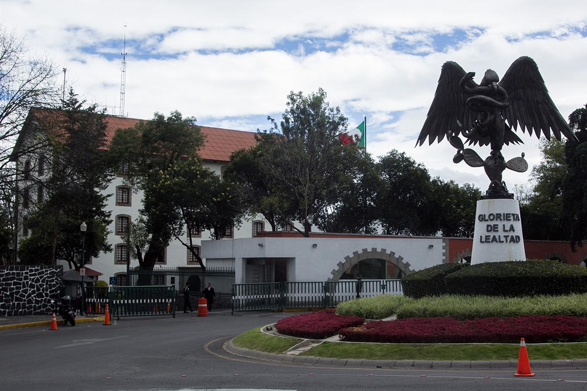 Los Pinos, Peña Nieto, AMLO,