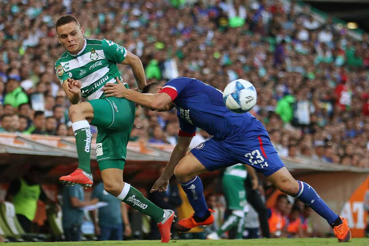 Jonathan Rodríguez, Cruz Azul, Santos, Liga MX, futbol de estufa