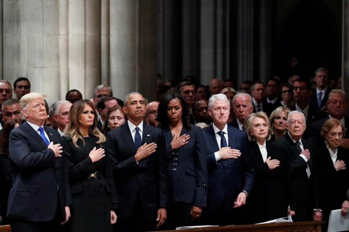 Acuden Trump, Obama y Clinton al funeral de Bush padre (EFE)