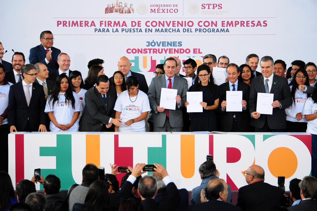 Empleo, jóvenes, Secretaría del Trabajo y Previsión Social, STPS, Luisa María Alcalde, CCE,