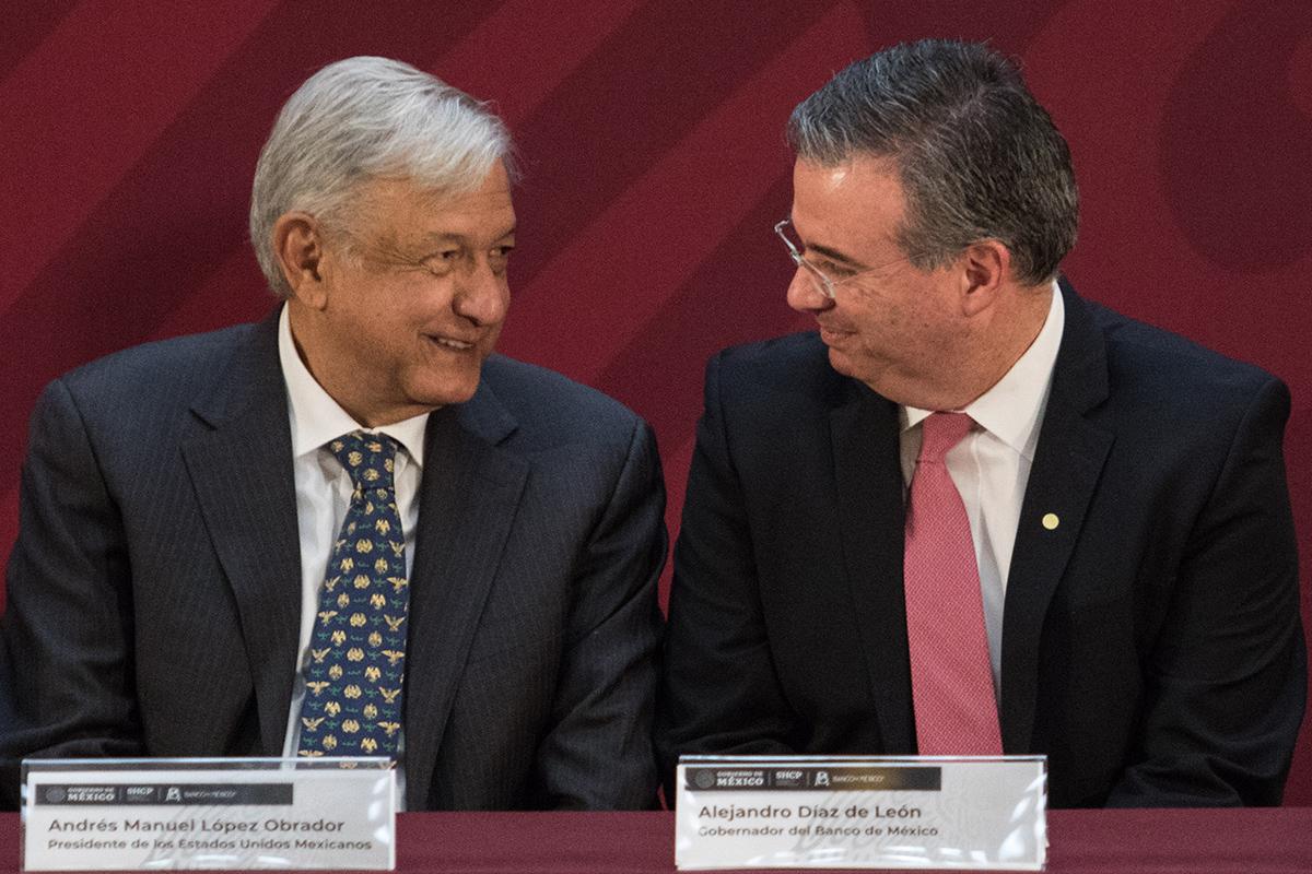 Andrés Manuel López Obrador, Alejandro Díaz de León, Banco de México, Banxico, PIB,