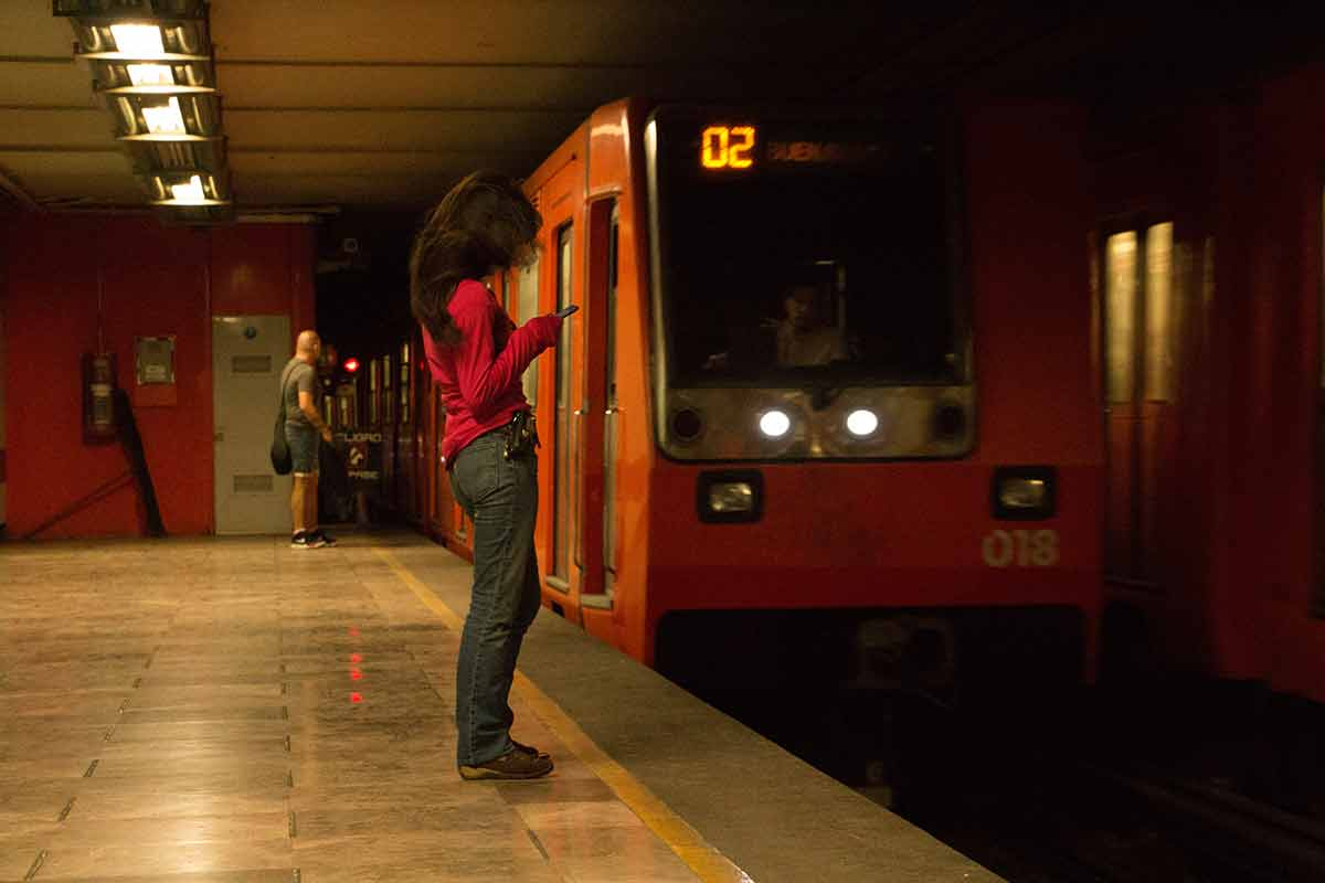 Metro, seguridad, mujeres