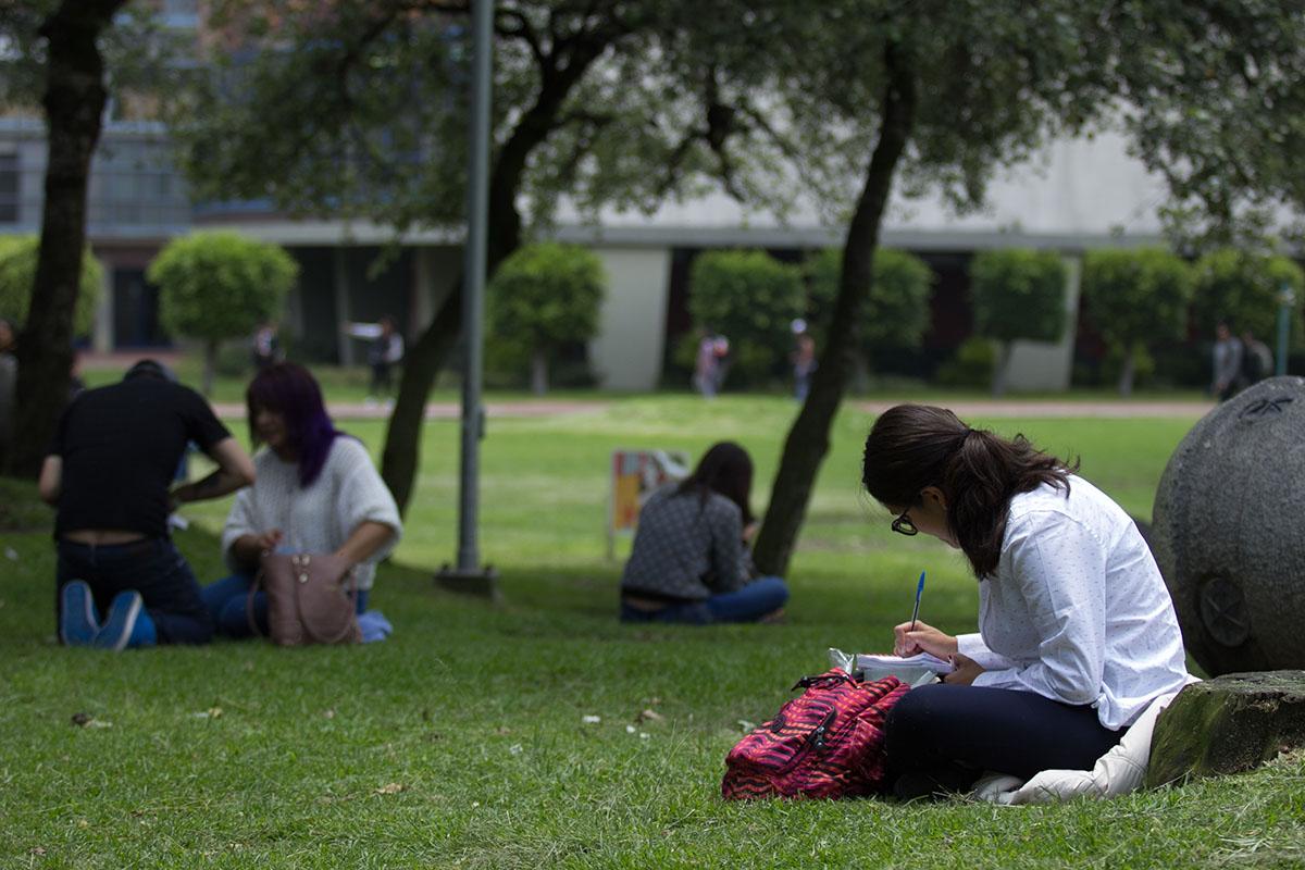 UNAM, App, Dispositivo móvil, estudiantes,