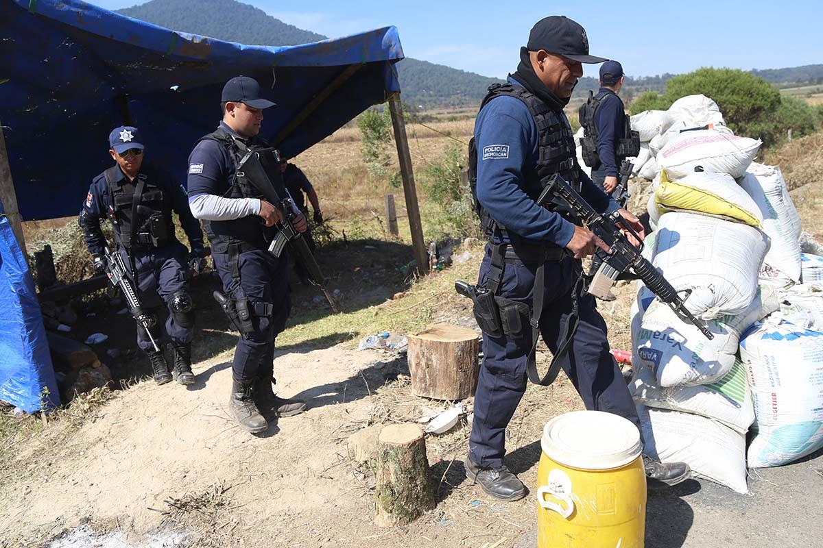Michoacán, policías, Tuzantla, Curungueo, Zitácuaro. seguridad,