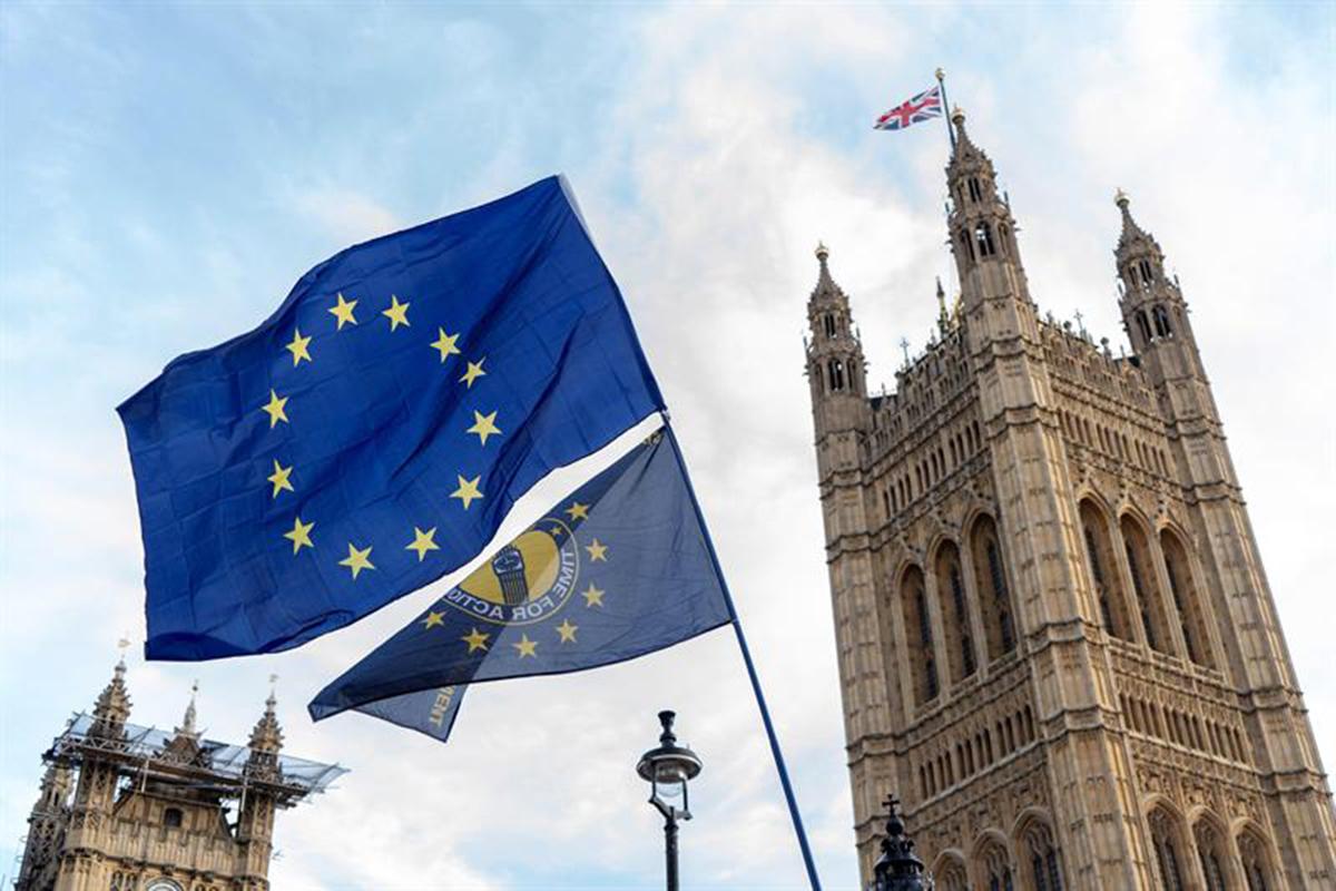 Brexit, Gran Bretaña, Theresa May, Reino Unido, Euros,
