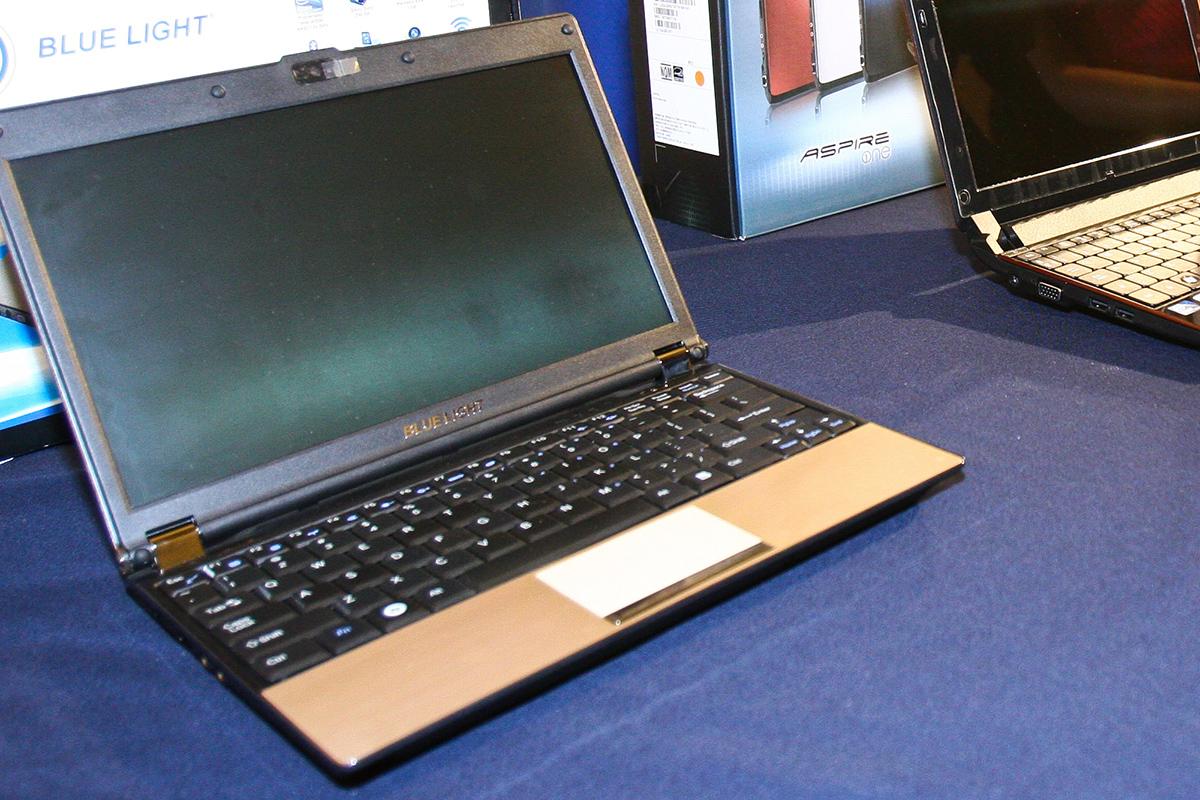 Laptop, computadoras, internet, Redes sociales,