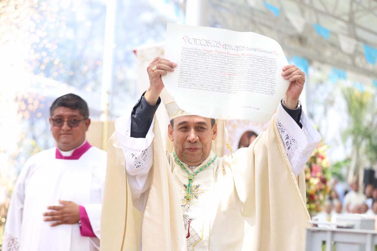 José Antonio Fernández Hurtado, arzobispo de Tlalnepantla, Iglesia, católicos,