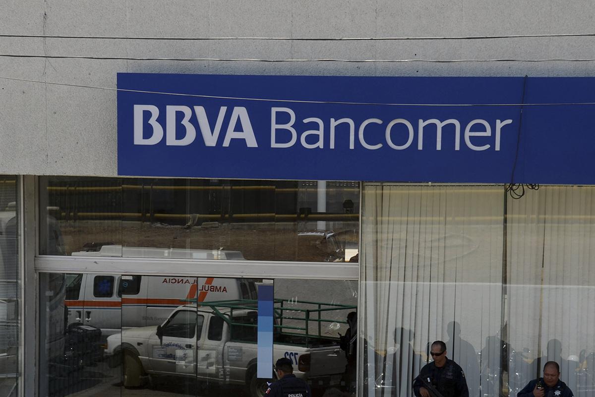 BBVA Bancomer, bancos, cajeros automáticos, transferencias,