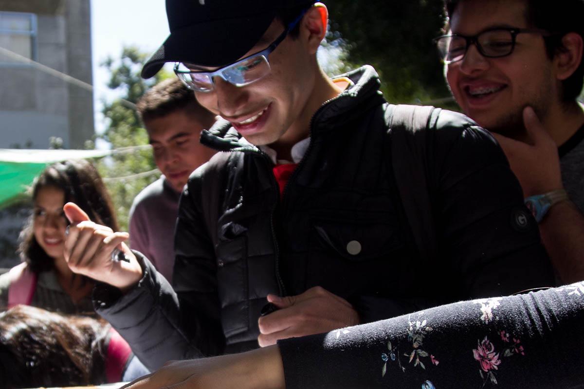 Jóvenes, canasta básica, mexicanos, Universitarios, empleo,