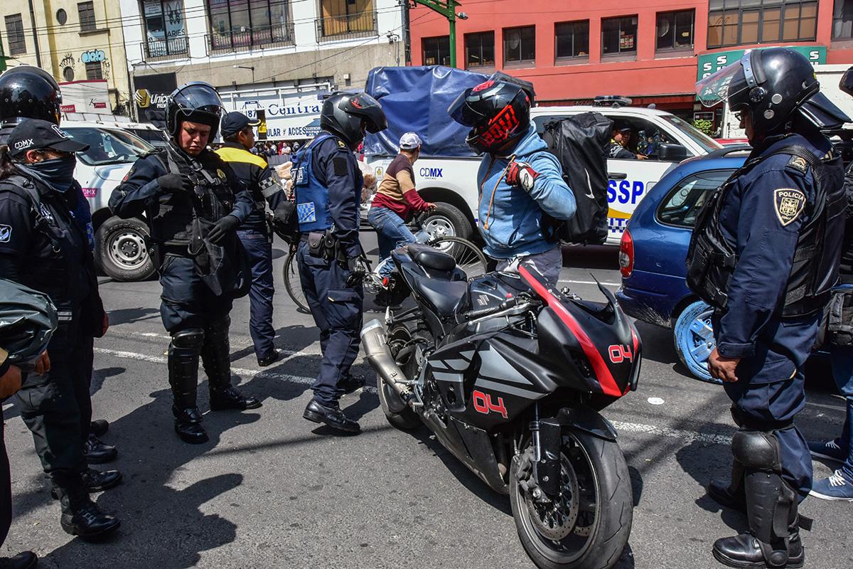Asaltos, seguridad, motociclistas, CDMX, Robo a transeúnte,