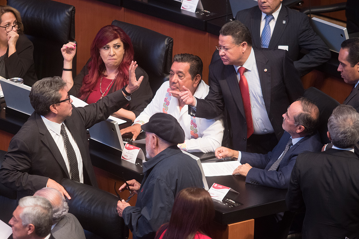 Morena, calificadoras, Mario Delgado, Ricardo Monreal,