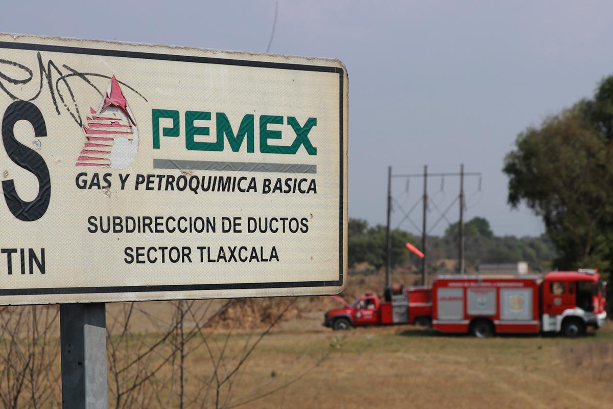 Standard & Poor's, Pemex, calificación negativa, perspectiva crediticia, deuda soberana,