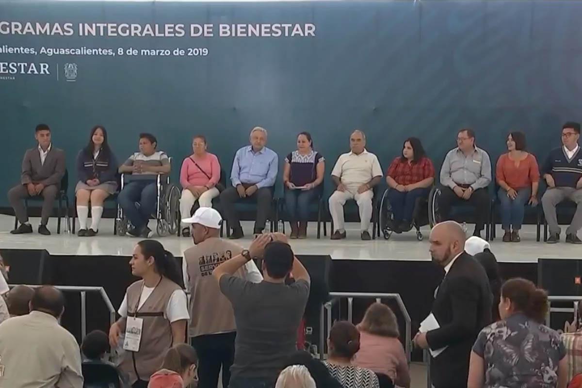 Gobernador de Aguascalientes, Martín Orozco Sandoval, AMLO, Abucheos,