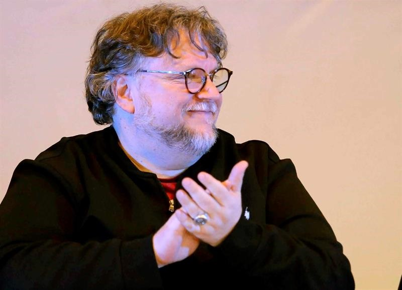 Guillermo del Toro beca Jenkins PInocho