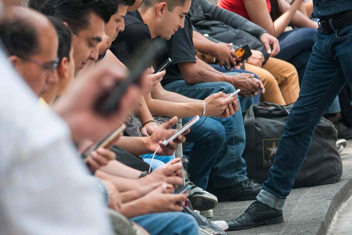smartphone, teléfonos móviles, adicción