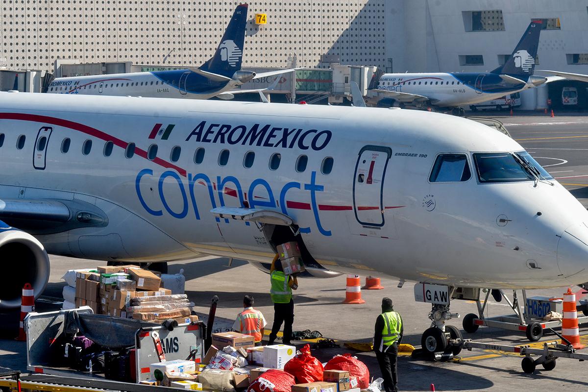 Sobrecargos, Aeroméxico, huelga, Asociación Sindical de Sobrecargos de Aviación, ASSA, salario, tabulador,