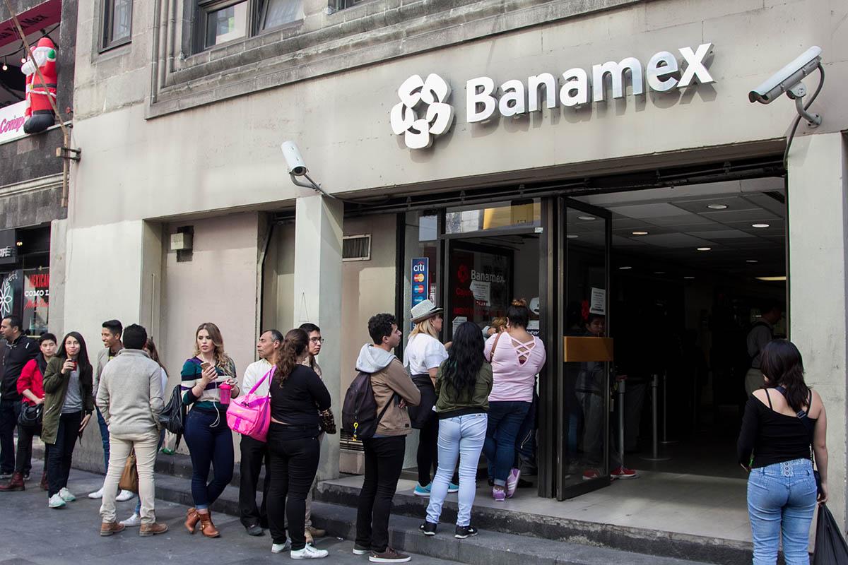 Bancos, 1 mayo, Día del Trabajo,