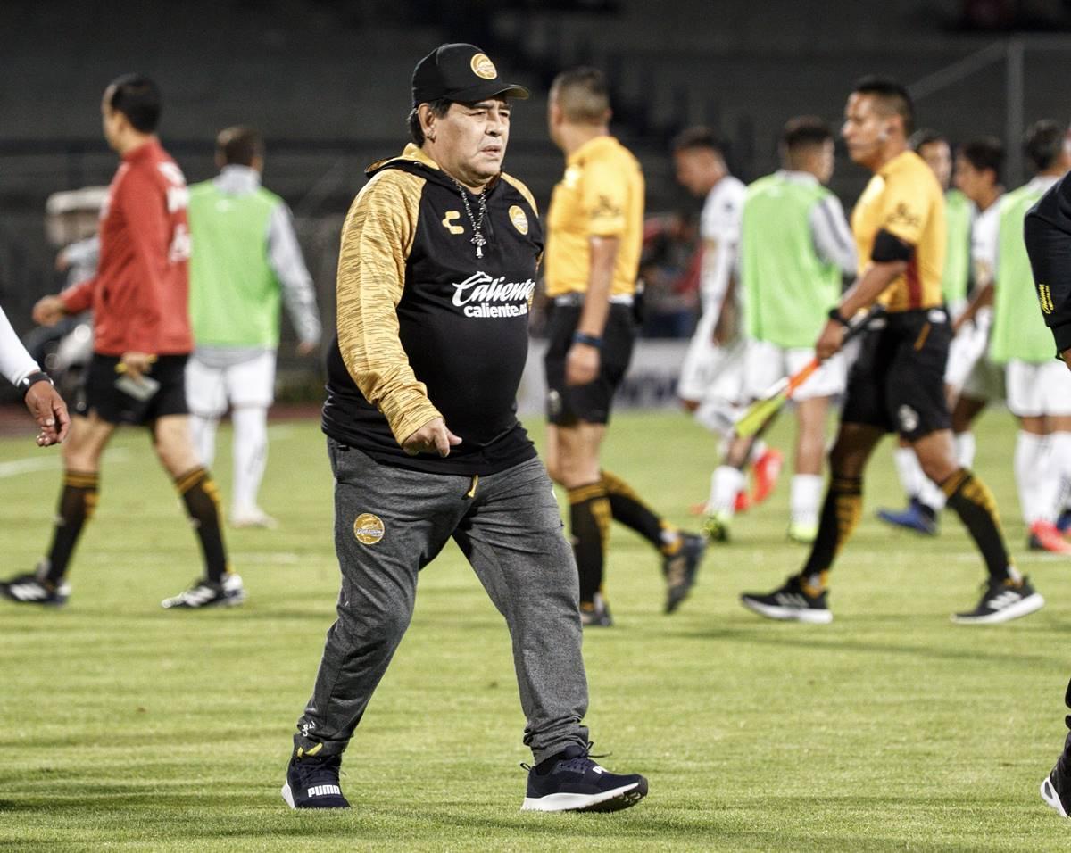 Maradona Polémica dedicatoria tras triunfo. Foto: Cuartoscuro