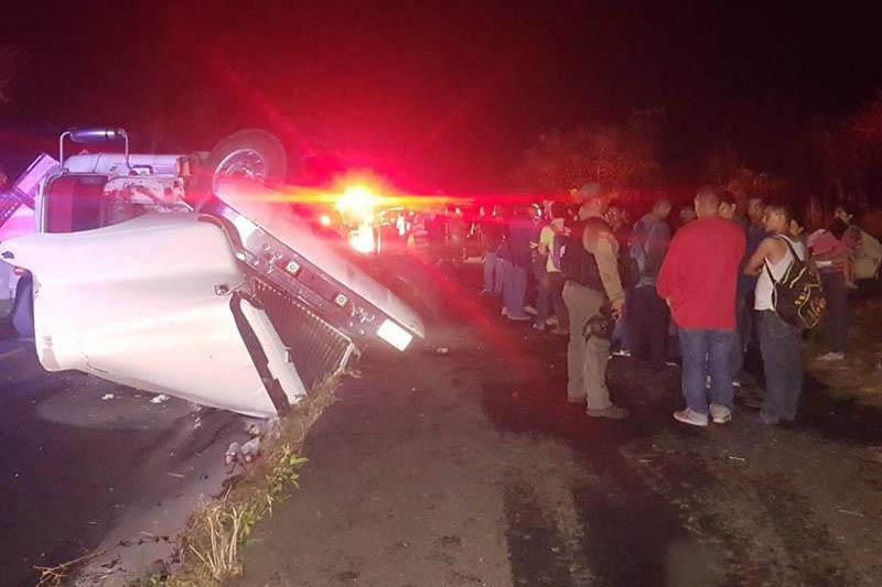 Veracruz, Migrantes, accidente, tráiler, centroamericanos,