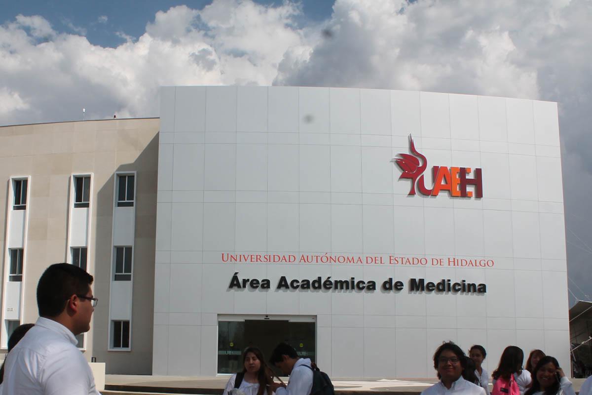 Universidad Autónoma de Hidalgo, descongelan cuentas, Unidad de Inteligencia Financiera (UIF), Santiago Nieto, Recursos Suiza,