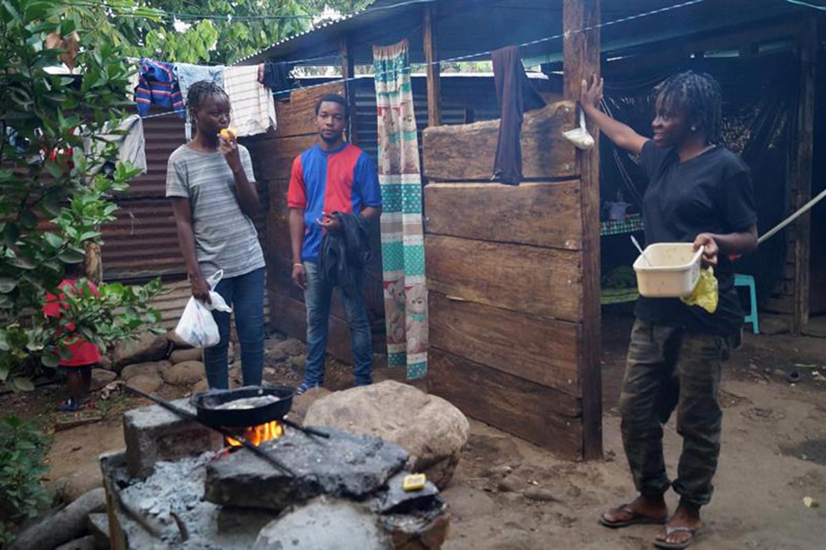 Migrantes, africanos, Caravana, Instituto Nacional de Migración, Tapachula, Chiapas,