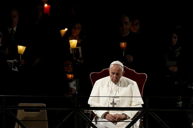 Papa Francisco, Roma, Vaticano, Migrantes, Viacrucis,