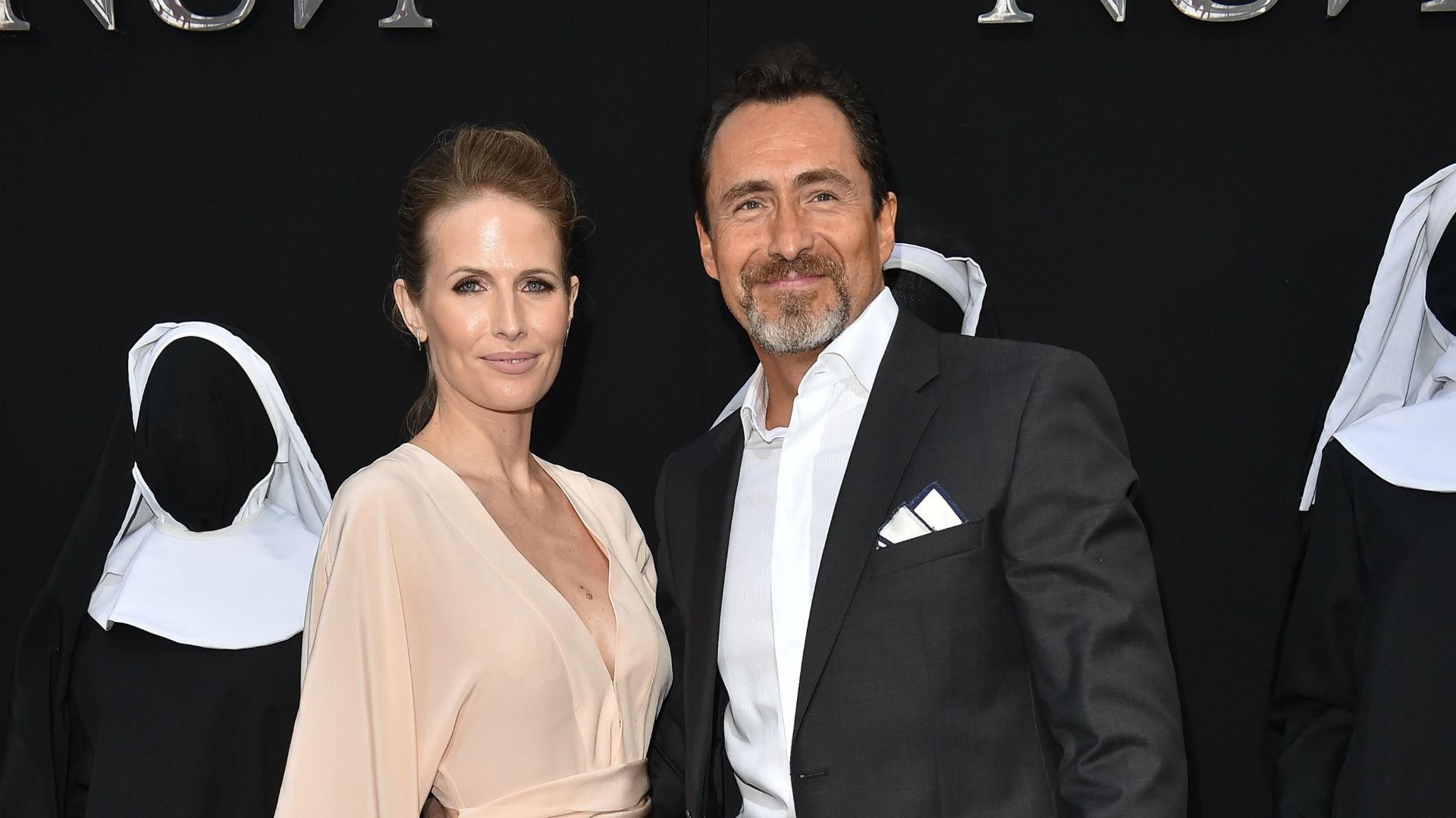 Demian Bichir y su esposa
