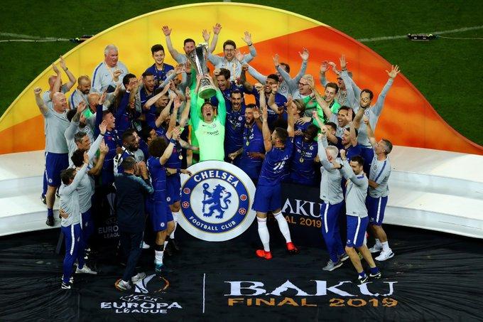 Chelsea le pegó al Arsenal y es monarca. Foto: Twitter
