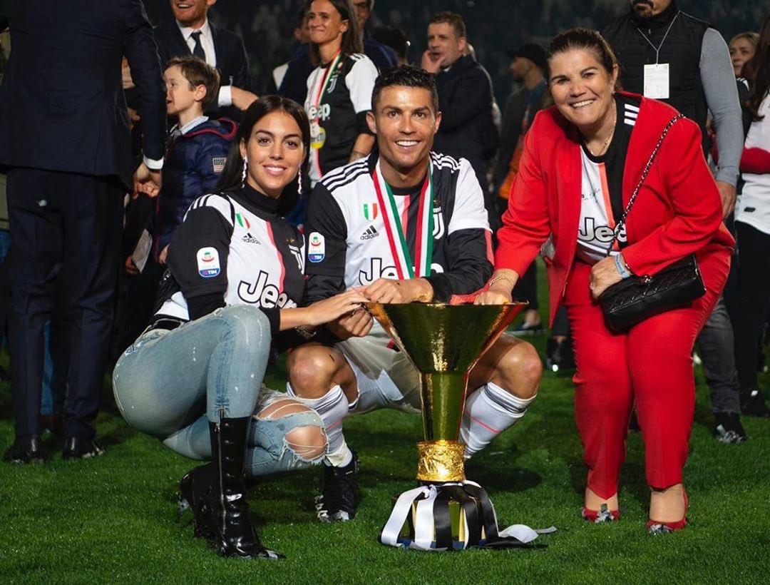 Cristiano Ronaldo golpeó a su hijo. Foto: Twitter