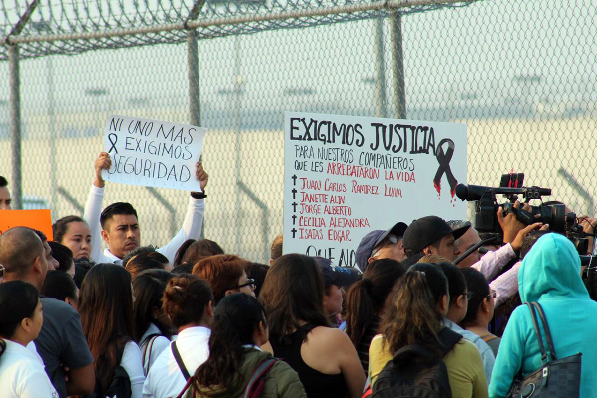 Custodios, Morelos, Puente de Ixtla, ataque, camión, protesta,