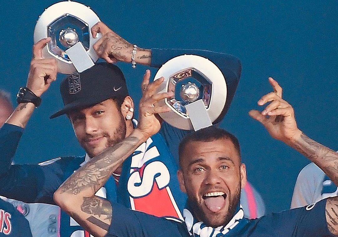 Neymar y Mbappé podrían salir del PSG. Foto: Twitter