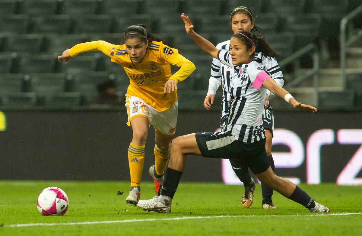 Tigres y Rayadas en la final femenil. Foto: Twitter