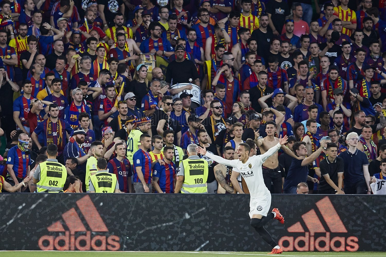 Valencia dio cuenta del Barcelona. Foto: Twitter