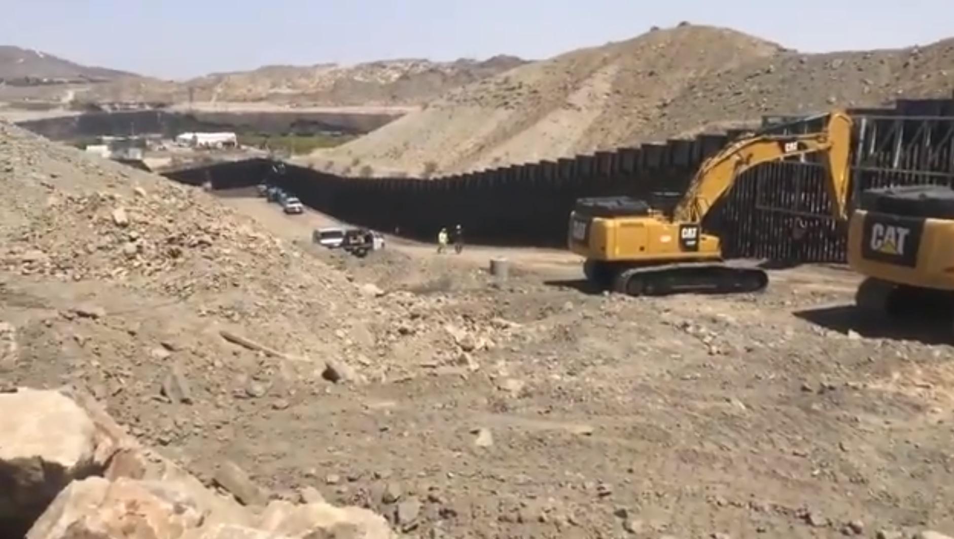 Valla fronteriza, Nuevo México, We Build the Wall, Brian Kolfage,