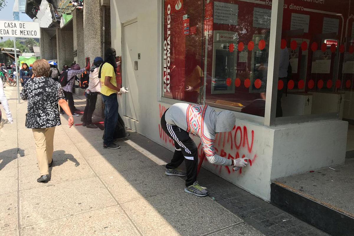 vandalizan, marcha, pintas, desaparición forzada, CDMX,