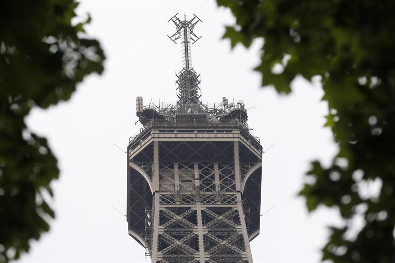 Torre Eiffel, Francia, evacuación, París