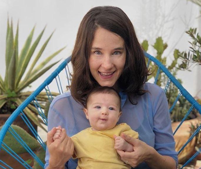 Ximena Sariñana es mamá