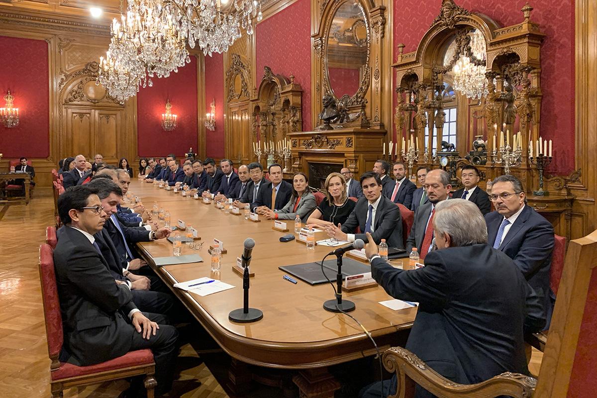 Andrés Manuel López Obrador, Banqueros, Palacio Nacional, Pemex,