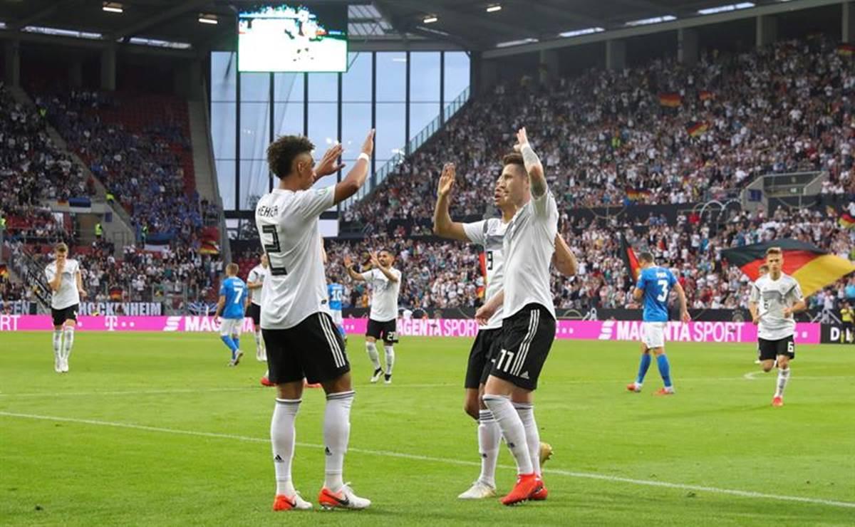Alemania goleó y esta cerca de la Eurocopa. Foto. EFE