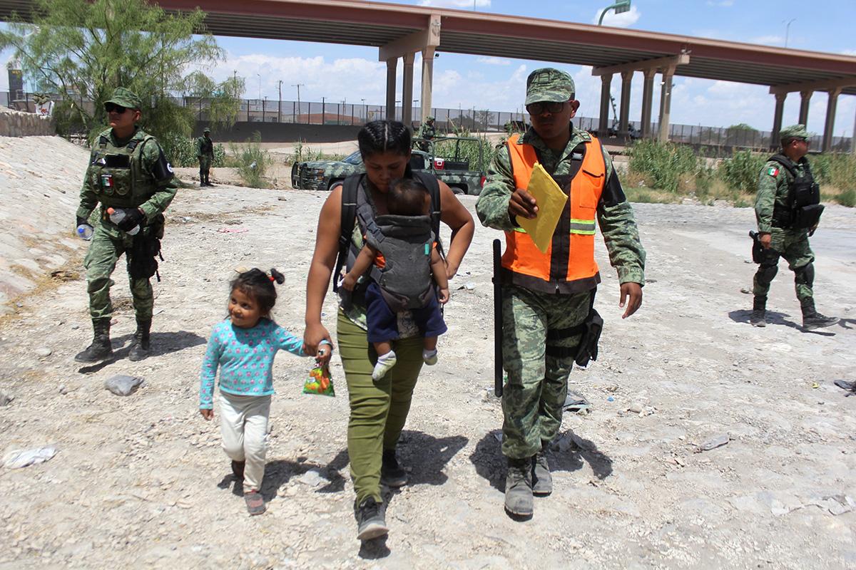 Donald Trump, frontera, migrantes, Río Bravo, detenciones, Guardia Nacional, Estados Unidos,