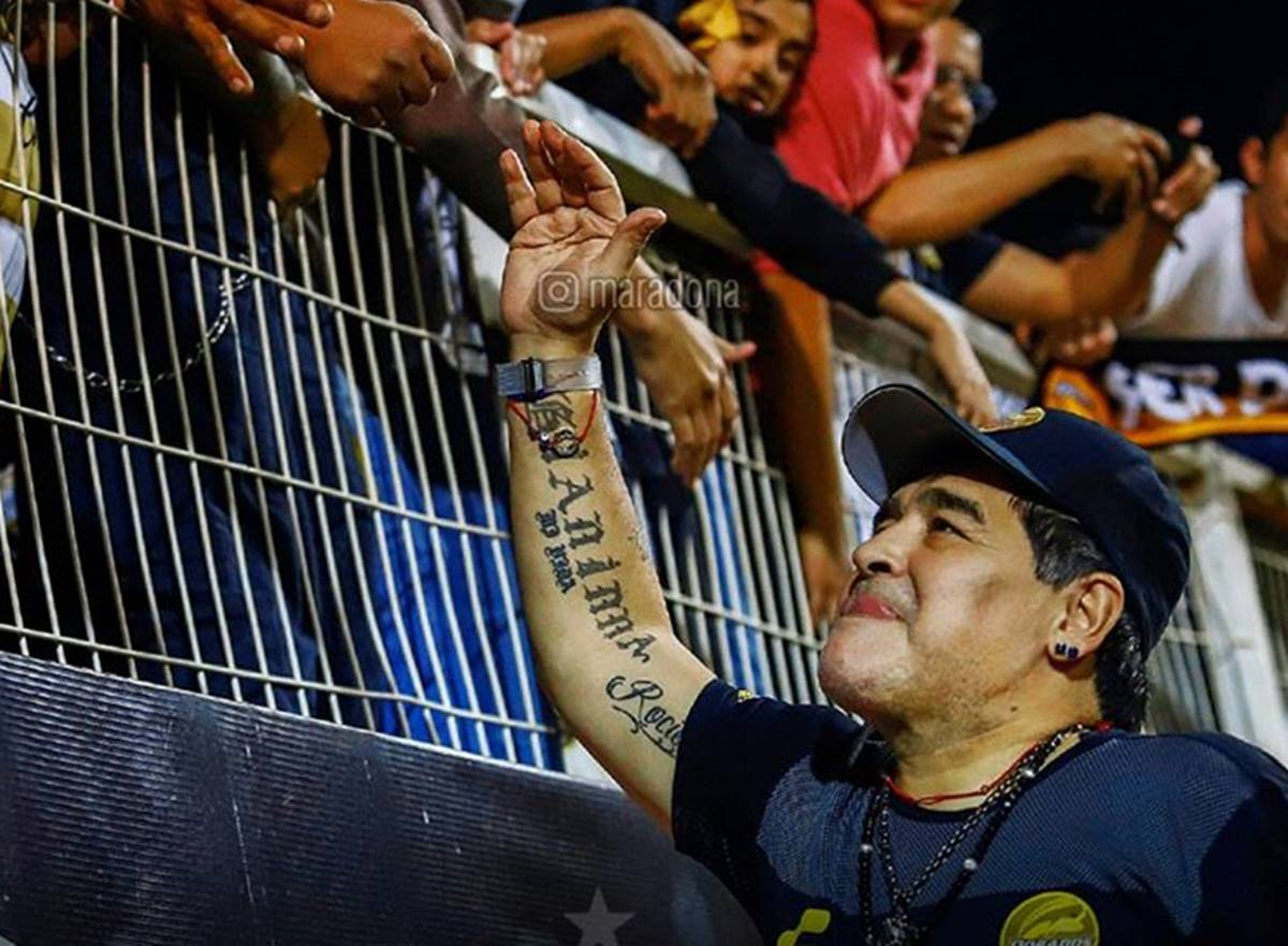 Maradona dice adiós a la afición. Foto: Instagram