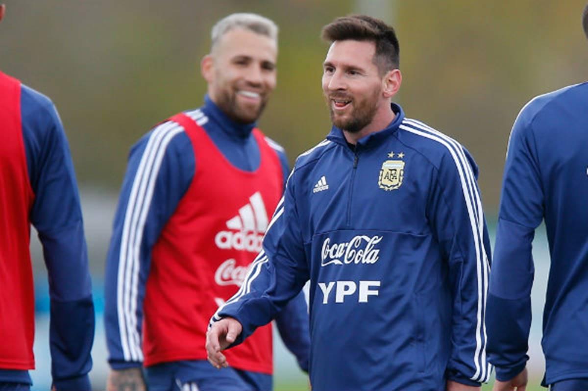 Lionel Messi no sabe si llegará a Catar. Foto: EFE