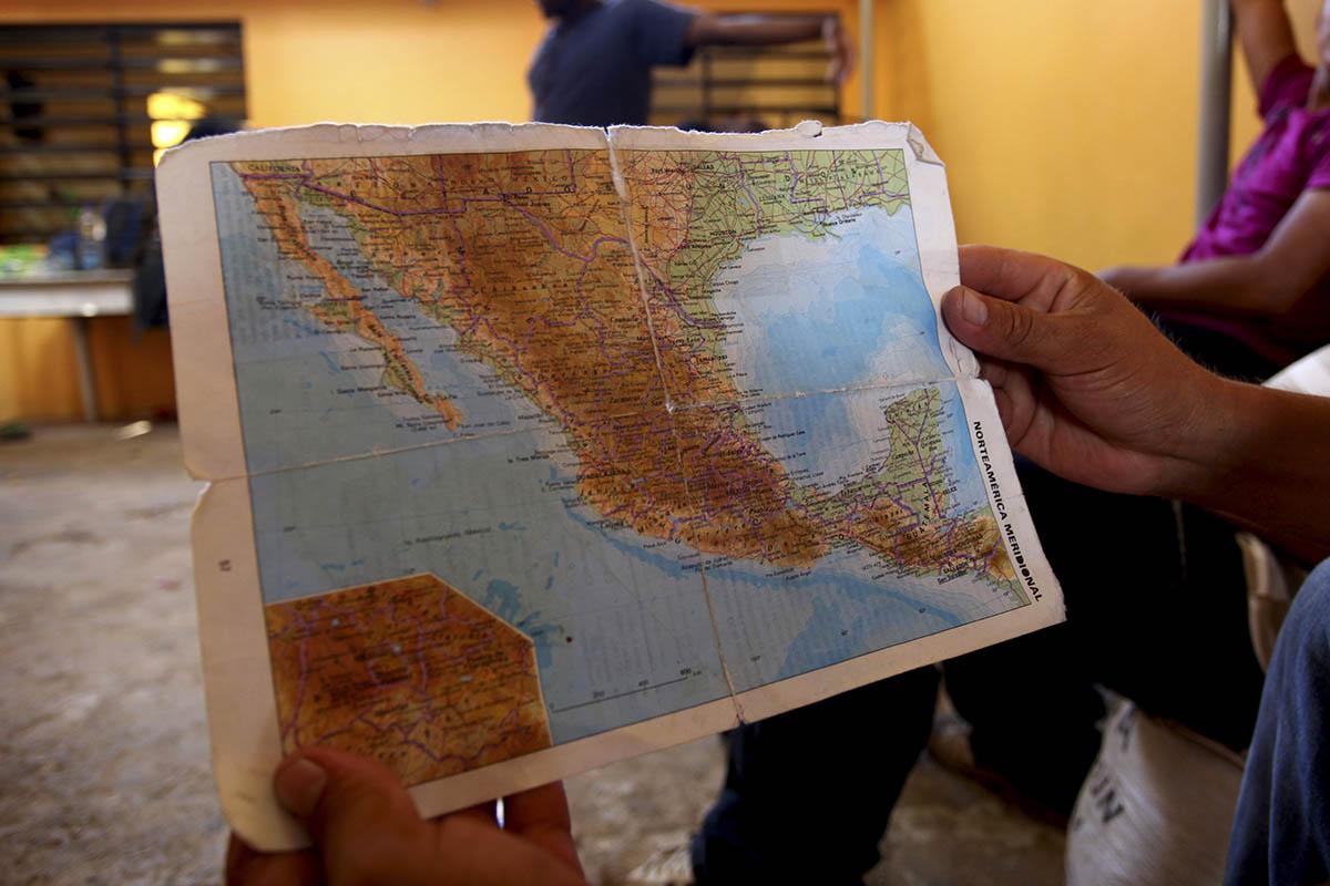 migrantes, defensores de derechos humanos, Pueblo sin Fronteras, Irineo Mújica, Cristóbal Sánchez,