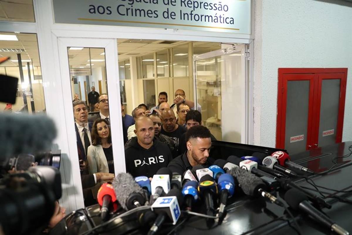 Revelan video de la agresión de Neymar. Foto: EFE
