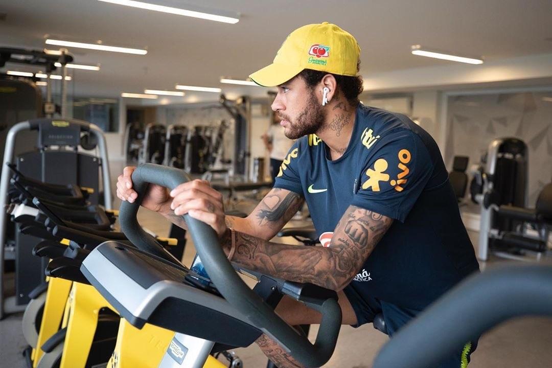 Neymar se defiende de supuesto abuso. Foto: Twitter