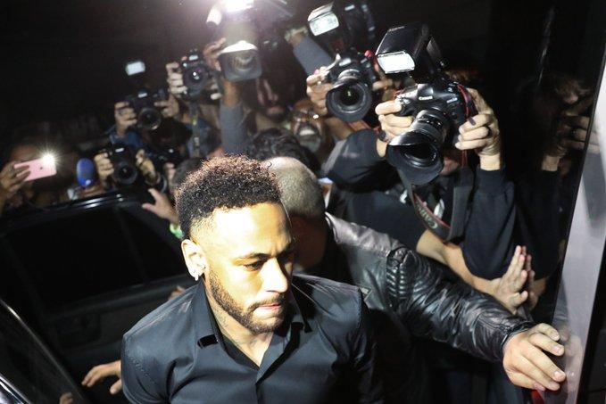 Neymar fue a los tribunales. Foto: Cortesía Tiempo de Juego