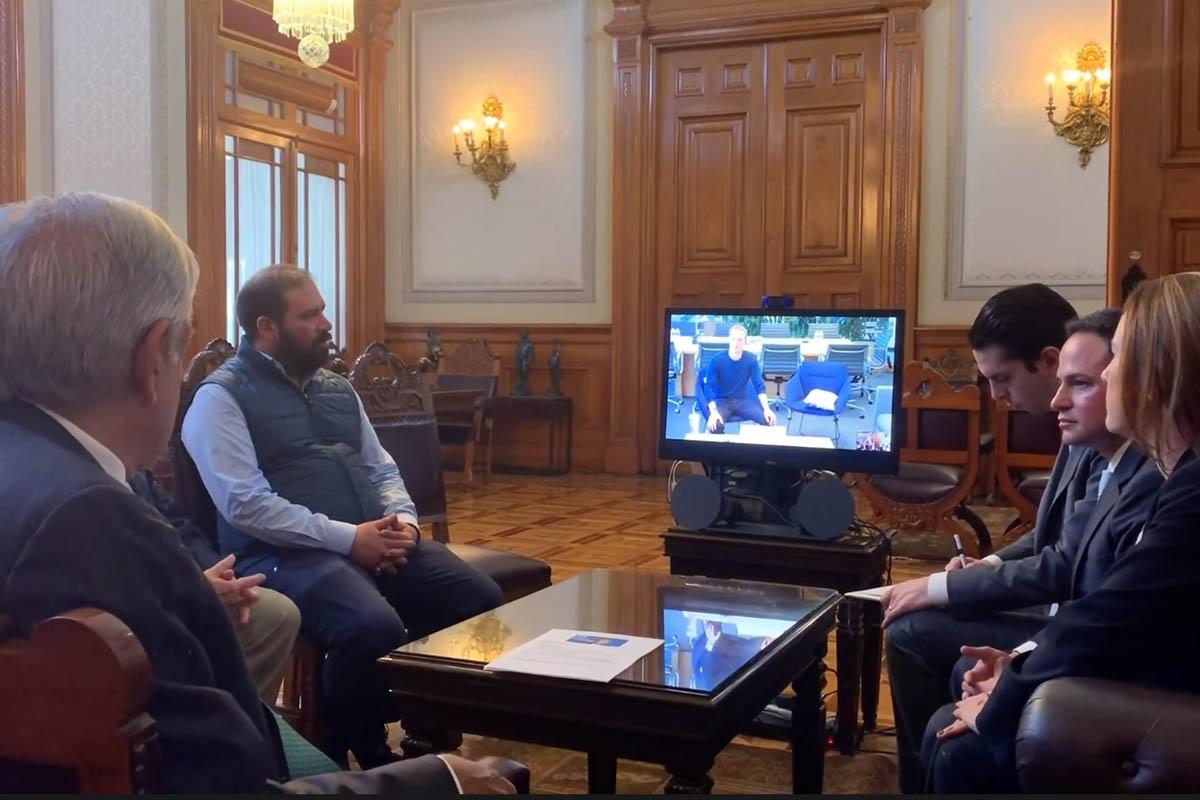 Facebook, Mark Zuckerberg, Andrés Manuel López Obrador, Internet, redes sociales,
