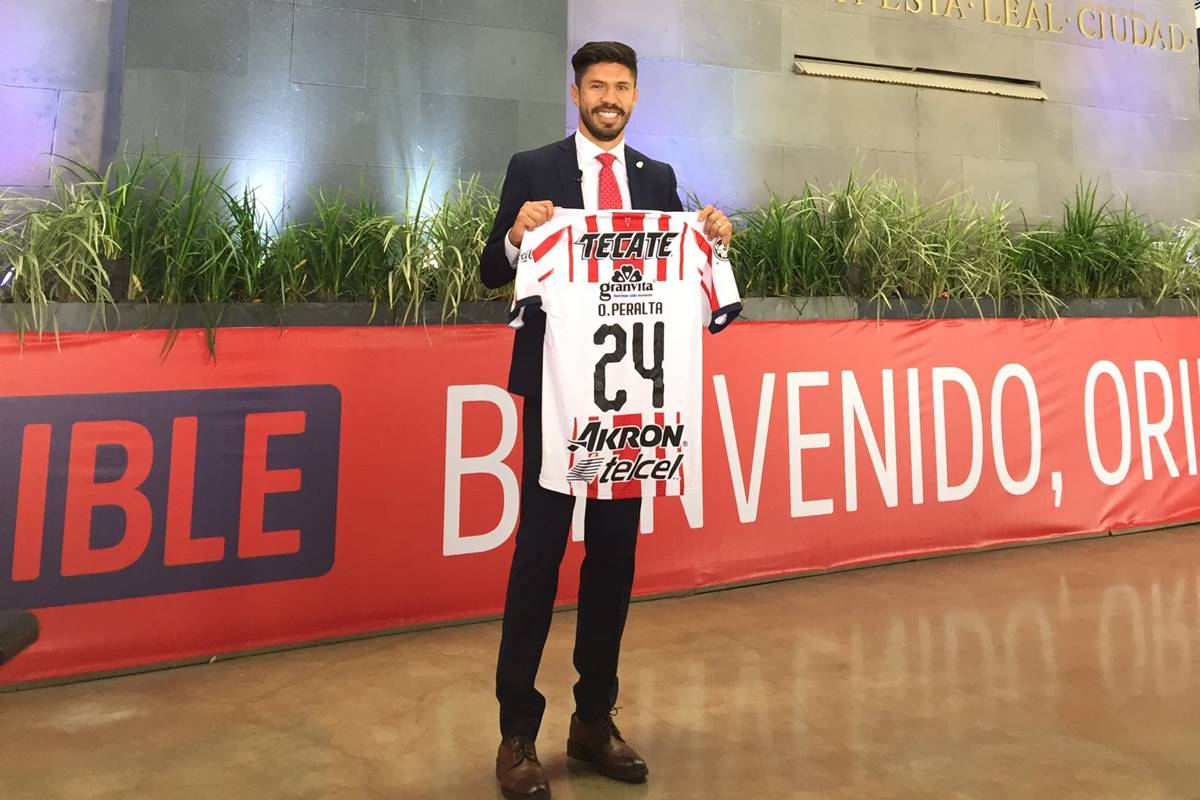 Quiere Oribe convertirse en referente de Chivas. Foto: Twitter