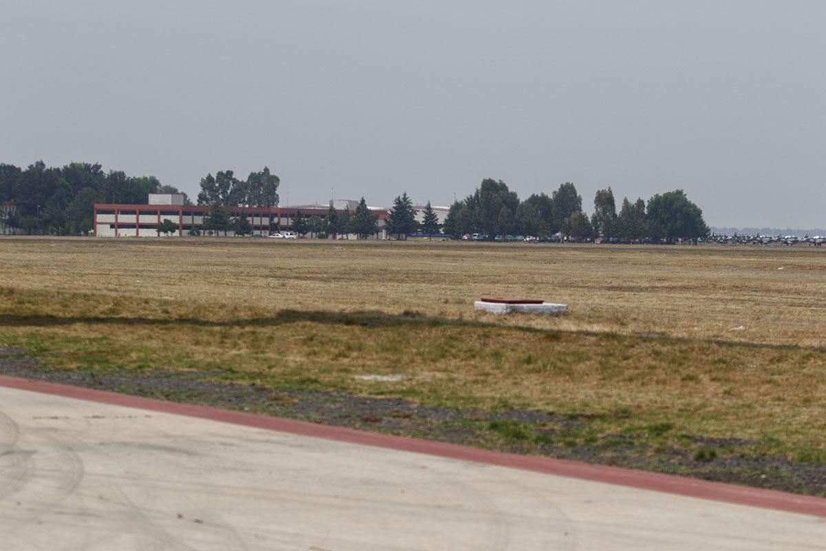 Santa Lucia, Aeropuerto, Aeropuerto Felipe Ángeles, en la Base Aérea Militar de Santa Lucía, No Más Derroches, amparo,