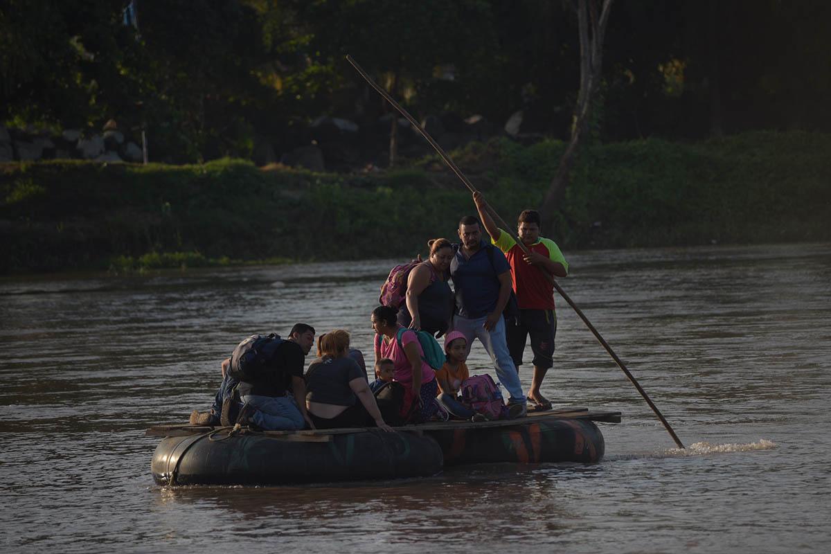 Río Suchiate, migración, caravana, migrantes,
